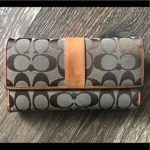 Coach Trifold Checkbook Wallet Clutch